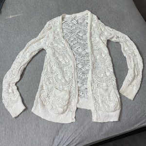 💗Aeropostale crochet white cardigan💗